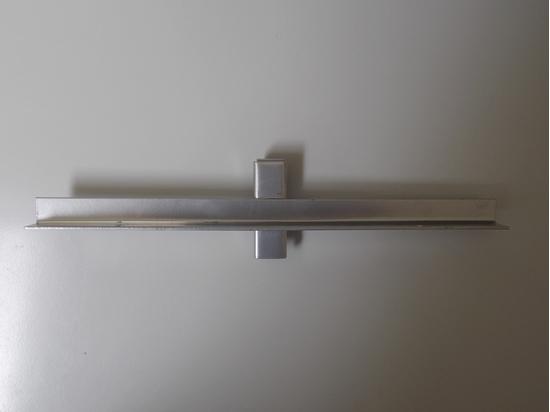Изображение Полкодержатель внутренний  в двойную стойку 30 см