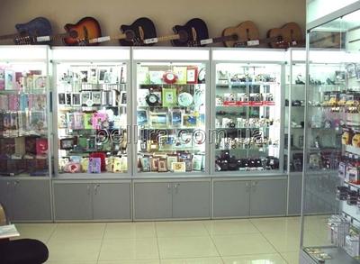 Торговельне обладнання для магазину канцтоварів та сувенірів